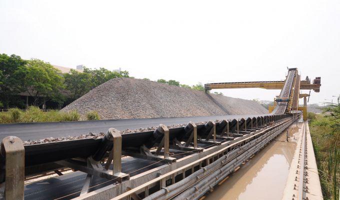 Belt Conveyor shutterstock_96245072